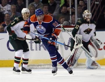 EDMONTON, AB - NOVEMBER 30:  Magnus Paajarvi #91 of the Edmonton Oilers skates against the Minnesota Wild at Rexall Place on November 30, 2011 in Edmonton, Canada.  (Photo by Bruce Bennett/Getty Images) By Bruce Bennett