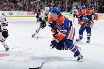 EDMONTON, CANADA - NOVEMBER 19: Magnus Paajarvi #91 of the Edmonton Oilers during the game against the Chicago Blackhawks on November 19, 2011 at Rexall Place in Edmonton, Alberta, Canada. (Photo by Dale MacMillan/Getty Images) By Dale MacMillan
