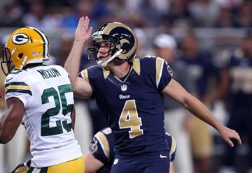 St. Louis Rams kicker Greg Zuerlein watches his field goal go wide in the second quarter against the Green Bay Packers at the Edward Jones Dome in St. Louis on August 17, 2013.   UPI/Bill Greenblatt By BILL GREENBLATT