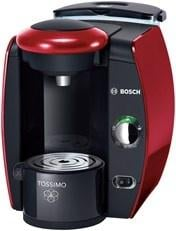 The Consumer Product Safety Commission says there have been 140 reports of problems with the Tassimo single-cup brewers dousing people, including 37 cases involving second-degree burns. By Bryce Moore