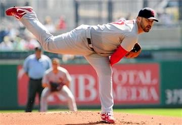 St. Louis Cardinal starting pitcher Jeff Suppan throws during the first inning of a baseball game against the Pittsburgh Pirates at PNC Park in Pittsburgh, Thursday, Sept. 23, 2010. (AP Photo/John Heller) By John Heller
