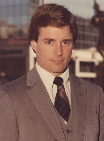 Paul Alexander was a sports anchor at KMOX-TV from 1980-1986 By Daniel Fredman