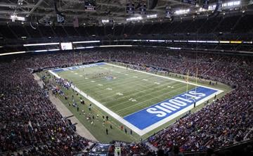 The New York Giants play the St. Louis Rams in the last home game of the 2014 season at the Edward Jones Dome in St. Louis on December 21, 2014.  UPI/Bill Greenblatt By BILL GREENBLATT