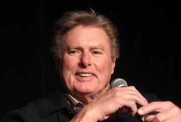 Former St. Louis Cardinals pitcher and National Baseball Hall of Fame member Steve Carlton, tells a story during an event for the National Children's Cancer Society in St. Louis on January 10, 2015. Photo by Bill Greenbltt/UPI By BILL GREENBLATT