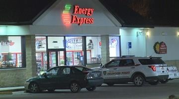 St. Louis County Police say four suspects attempted to rob a gas station in the 1400 block of Chambers around 2:00 a.m. Tuesday. By Stephanie Baumer