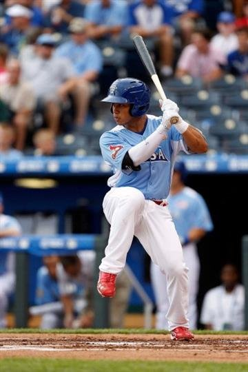 KANSAS CITY, MO - JULY 08:  Kolten Wong of Team USA bats during the SiriusXM All-Star Futures Game against the World Team at Kauffman Stadium on July 8, 2012 in Kansas City, Missouri.  (Photo by Jamie Squire/Getty Images) By Jamie Squire