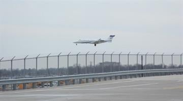 A plane was attempting to land at Parks Airport in Cahokia, Ill. after its front landing gear did not extend properly Monday afternoon. It then headed to Lambert Airport, where it landed safely without issues. By Brendan Marks