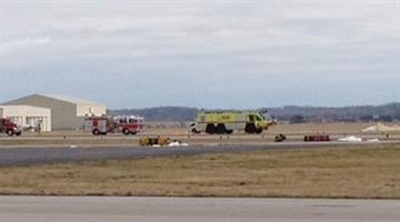 A plane was attempting to land at Parks Airport in Cahokia, Ill. after its front landing gear did not extend properly Monday afternoon. It then headed to Lambert Airport in an attempt to make an emergency landing. By Brendan Marks
