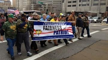Hundreds of people were picketing in downtown St. Louis Tuesday as the United Mine Workers of America tried to salvage health care benefits for retirees and widows from Patriot Coal's bankruptcy. By Brendan Marks