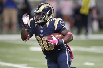 St. Louis Rams Zac Stacy runs the football against the Jacksonville Jaguars in the fourth quarter at the Edward Jones Dome in St. Louis on October 6, 2013. St. Louis won the game 34-20.   UPI/Bill Greenblatt By BILL GREENBLATT