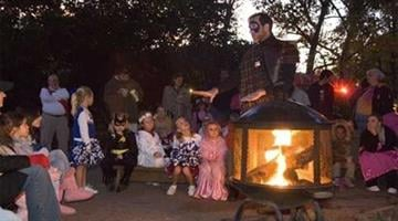 Fireside storytelling at Pumpkin Prowl By Belo Content KMOV