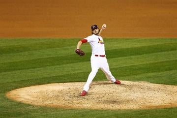 ST LOUIS, MO - OCTOBER 27:  Kevin Siegrist #46 of the St. Louis Cardinals throws a pitch against the Boston Red Sox during Game Four of the 2013 World Series at Busch Stadium on October 27, 2013 in St Louis, Missouri.  (Photo by Elsa/Getty Images) By Elsa
