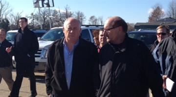 Illinois Gov. Quinn with Washington Mayor Gary Manier. By Brendan Marks