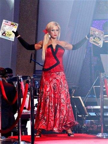 "In this publicity image released by ABC, Kate Gosselin is shown on ""Dancing with the Stars,"" Monday, April 5, 2010 in Los Angeles. (AP Photo/ABC, Adam Larkey) By Adam Larkey"