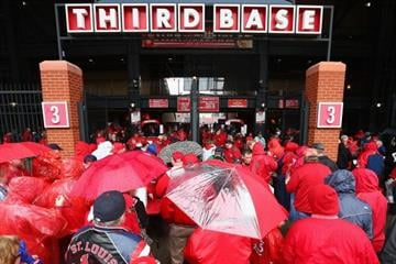 ST. LOUIS, MO - APRIL 7: Fans wait to get into Busch Stadium prior to the Cardinals playing against the Cincinnati Reds in the home opener on April 7, 2014 in St. Louis, Missouri.  (Photo by Dilip Vishwanat/Getty Images) By Dilip Vishwanat