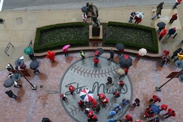 ST. LOUIS, MO - APRIL 7: Fans mill about outside Busch Stadium prior to the Cardinals playing against the Cincinnati Reds in the home opener on April 7, 2014 in St. Louis, Missouri.  (Photo by Dilip Vishwanat/Getty Images) By Dilip Vishwanat