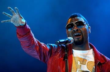 NEW ORLEANS - JULY 05:  Recording artist Musiq Soulchild performs during the 2008 Essence Music Festival at the Louisiana Superdome on July 5, 2008 in New Orleans, Louisiana.  (Photo by Sean Gardner/Getty Images) By Sean Gardner