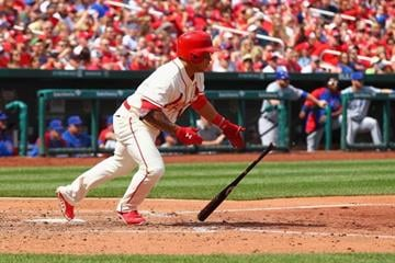 ST. LOUIS, MO - APRIL12: Kolten Wong #16 of the St. Louis Cardinals hits an RBI single against the Chicago Cubs in the fourth inning at Busch Stadium  on April 12, 2014 in St. Louis, Missouri.  (Photo by Dilip Vishwanat/Getty Images) By Dilip Vishwanat