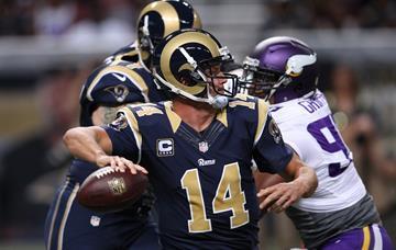 St. Louis Rams quarterback Shaun Hill throws the football against the Minnesota Vikings in the first quarter at the Edward Jones Dome in St. Louis on September 7, 2014.  UPI/Bill Greenblatt By BILL GREENBLATT