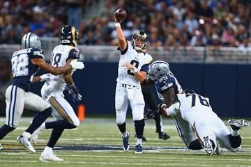 ST. LOUIS, MO - SEPTEMBER 21: Austin Davis #9 of the St. Louis Rams passes against the Dallas Cowboys in the second quarter at the Edward Jones Dome on September 21, 2014 in St. Louis, Missouri.  (Photo by Dilip Vishwanat/Getty Images) By Dilip Vishwanat