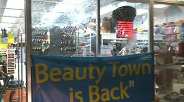 Authorities received a call for looting at the Beauty Town, located at 9163 W. Florissant, Tuesday night. By Stephanie Baumer