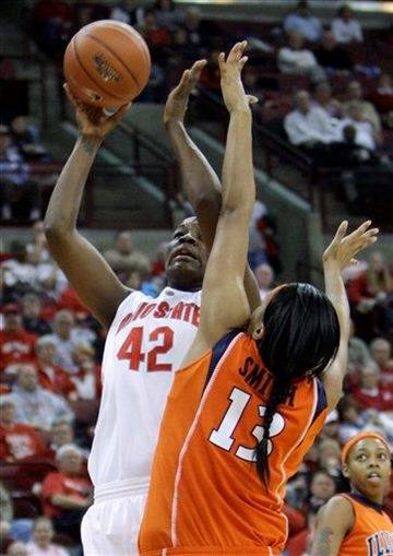 Ohio State's Jantel Lavender, left, shoots over Illinois' Jenna Smith during the second half of an NCAA college basketball game Thursday, Jan. 14, 2010, in Columbus, Ohio. Ohio State beat Illinois 72-61. (AP Photo/Jay LaPrete) By Jay LaPrete