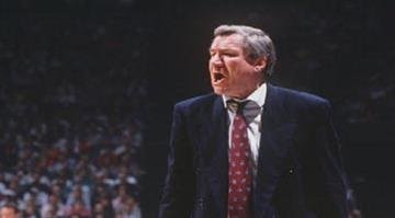 1989:  AN ANIMATED NORTH CAROLINA HEAD COACH DEAN SMITH YELLS FROM THE SIDELINE DURING A TARHEELS REGULAR SEASON GAME AT THE SMITH CENTER IN CHAPEL HILL, NORTH CAROLINA. Mandatory Credit: Allsport/ALLSPORT By Getty Images