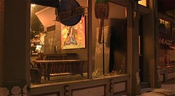 Unknown suspects smashed a window of the Van Goghz Martini Bar and Bistro, located in the 3200 block of Shenanhoah, and grabbed numerous bottles of alcohol around 5:30 a.m. By Stephanie Baumer