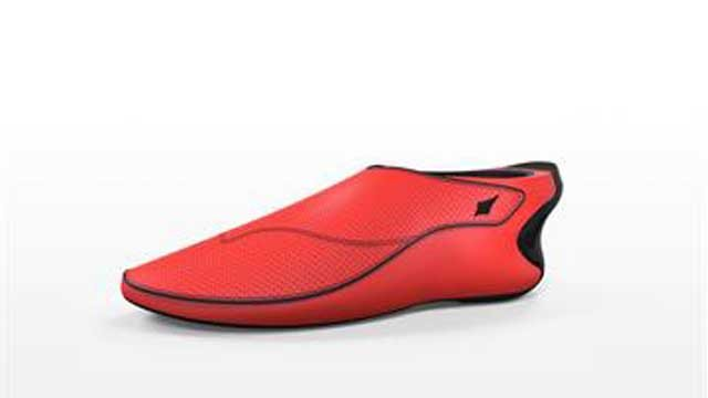 """Fitness devices are moving from wristbands into clothes and shoes, like this """"smart shoe"""" from Lechal."""