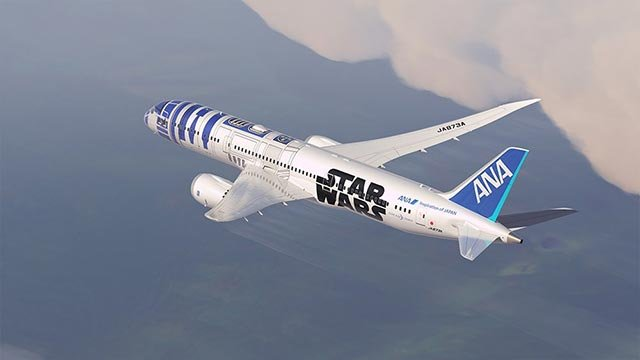 """(Source: ANA) Japan carrier ANA has just launched a five-year """"Star Wars Project"""" that includes a new 787-9 Dreamliner painted with an R2-D2 livery."""