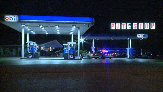 A man armed with a handgun robbed a West Alton, Missouri gas station Friday morning.