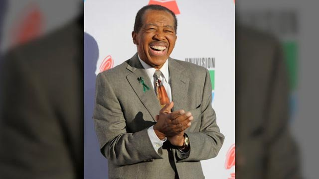 Ben E. King arrives at the 11th Annual Latin Grammy Awards on Thursday, Nov. 11, 2010, in Las Vegas. (Source: AP Photo/Chris Pizzello)