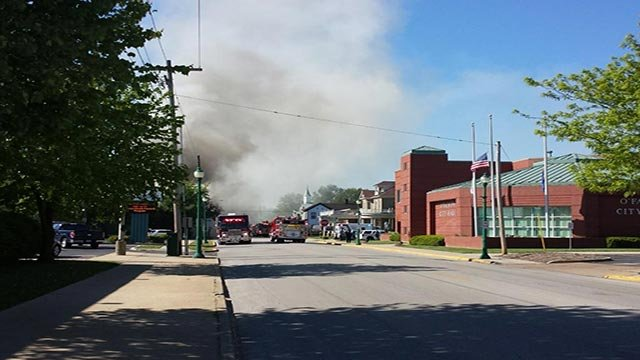 (Credit: Todd Fleming) Multiple units located in a building in the 300 block of East 3rd Street caught fire before 9:30 a.m.