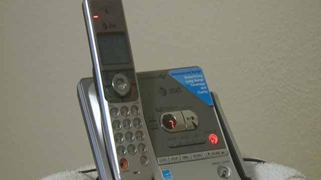 A telephone (Credit: KMOV)