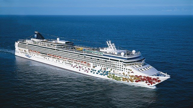 Norwegian Cruise Line says ship temporarily lost power and contacted the channel bed.