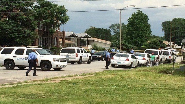 Homicide detectives were called to 5200 St. Louis Avenue on a report of a shooting