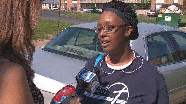 Jahila Rodgers moves back into her apartment one week after the ceiling collapsed on her and her 2-month-old baby.