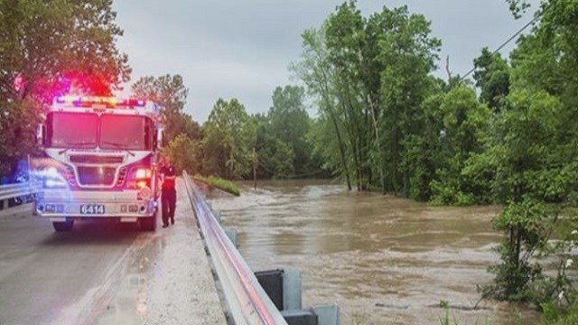 Emergency crews rescued citizens from flooding in Lincoln County.