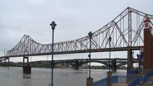 The Martin Luther King Bridge (Credit: KMOV)