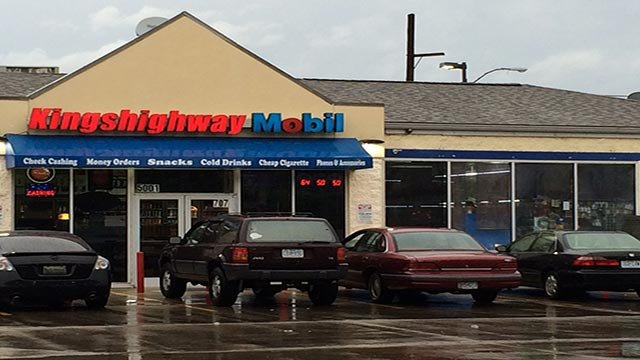 After being shot, the ex-employee ran to the Mobil next door.