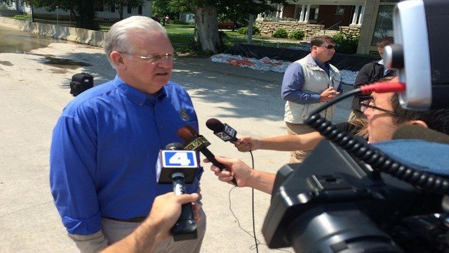 Gov. Jay Nixon speaks to reporters in Clarksville