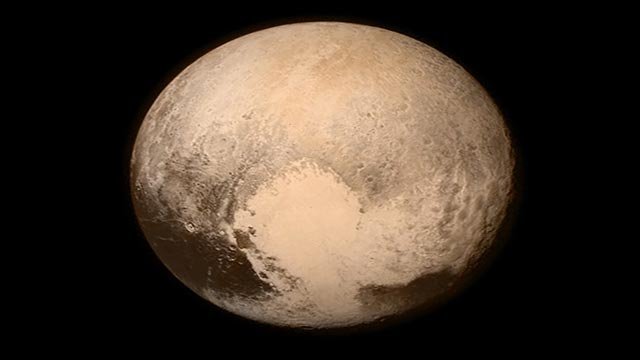 One of the final images taken before New Horizons made it's closes approach to Pluto on 15 July 2015. (Credit: July 2015)