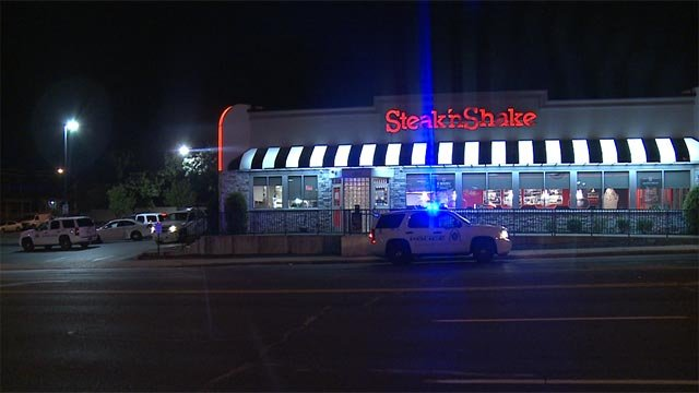 A South City Steak 'n Shake was robbed at gunpoint early Thursday morning