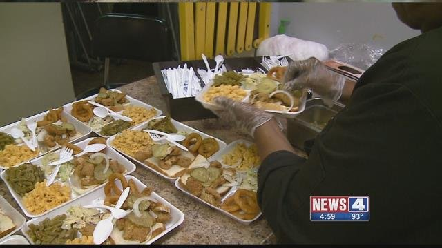 Students in the Hancock Place School District are delivering Meals on Wheels (Credit: KMOV).