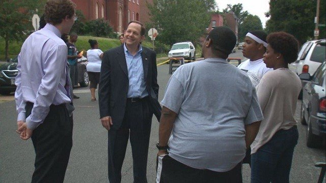 Mayor Slay visits several St. Louis neighborhoods to celebrate National Night Out with residents.