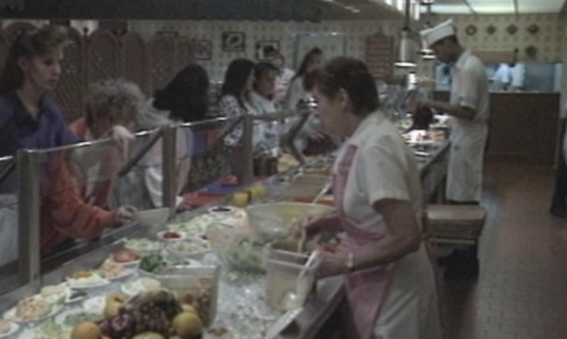 Miss Hulling's Cafeteria in 1993