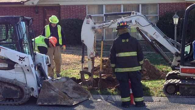 Ameren crew works to repair gas line break in Belleville.