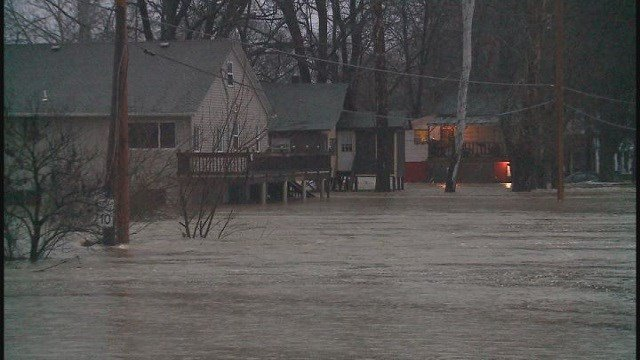 Flooding in Jefferson County (Credit: KMOV)
