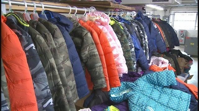 Coats (Credit: KMOV)