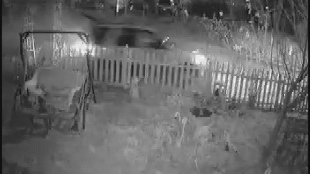 Police searching for this white SUV (Credit: KMOV)